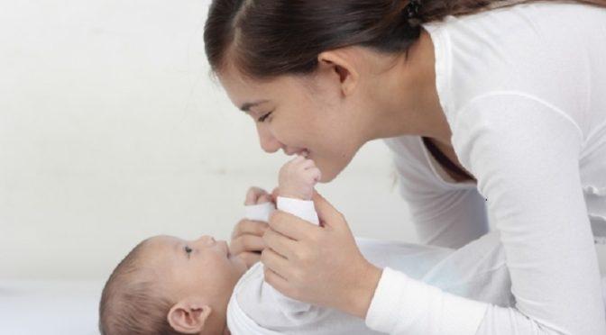 赤ちゃんとの「ふれあい」 赤ちゃんの脳の発達に良い影響を与える!?